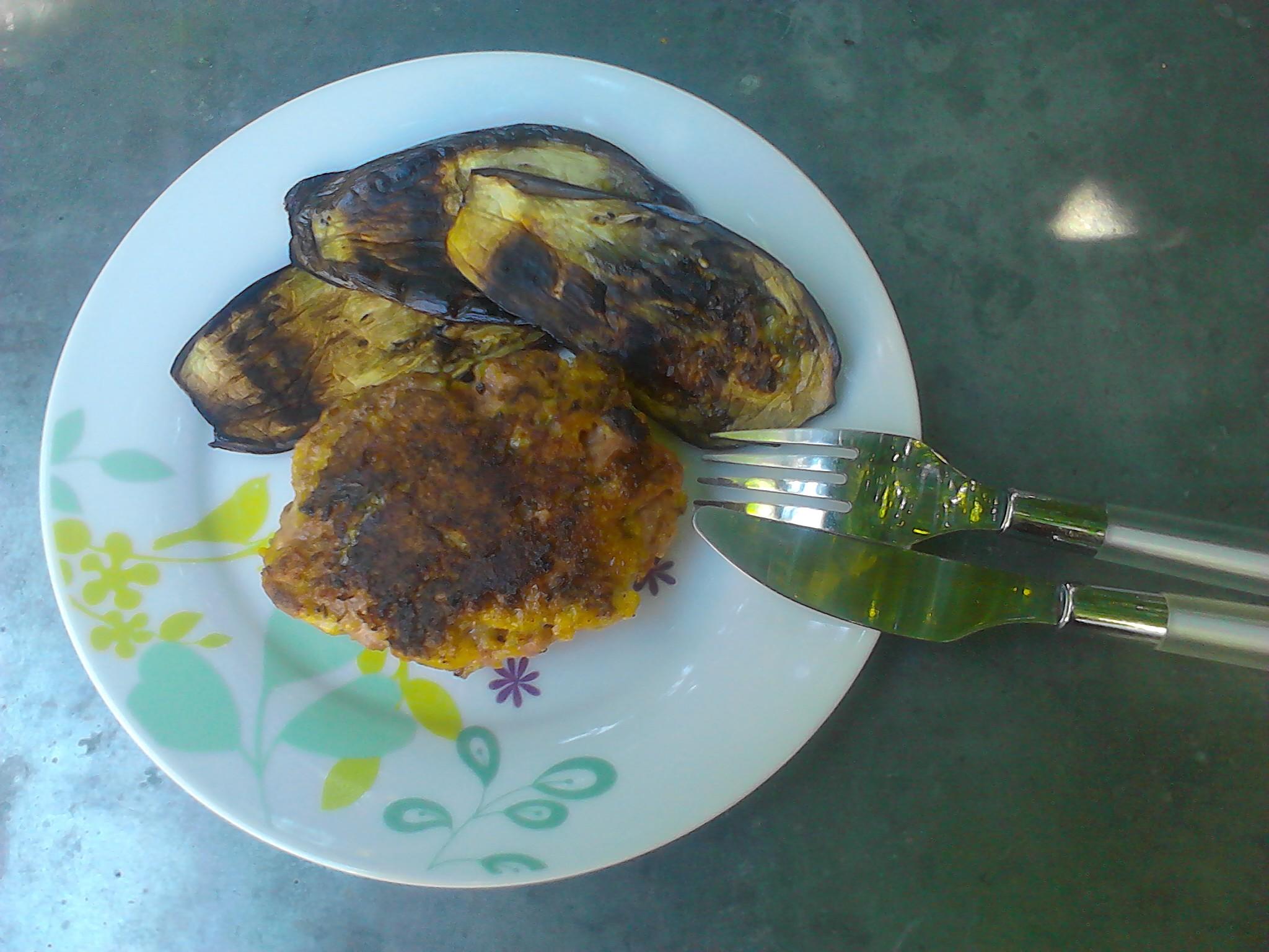 Hach s de veau pan s au parmesan et au basilic cuits la - La cuisine a la plancha ...