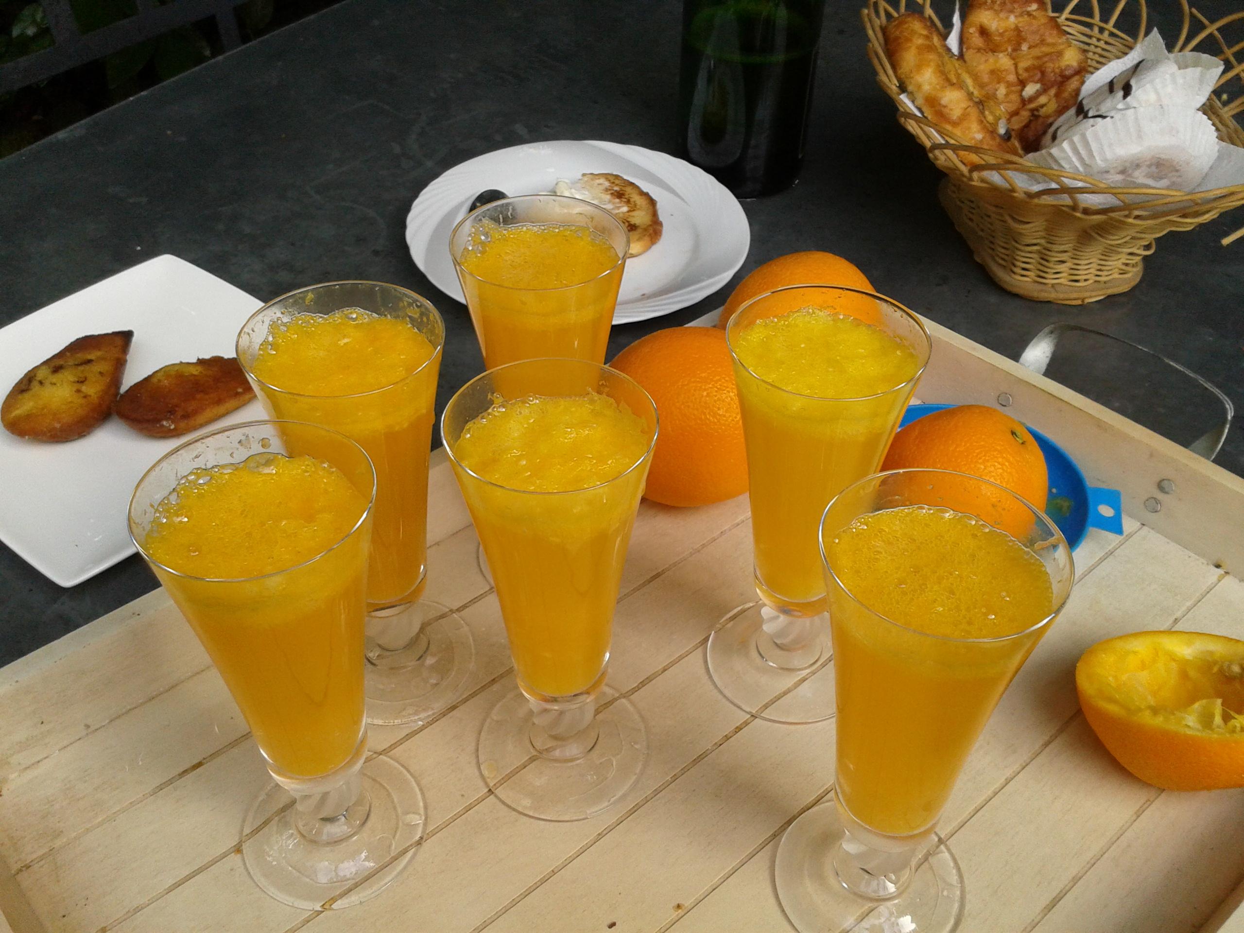 Cocktail mimosa la cuisine de bulle for Cocktail jus d orange