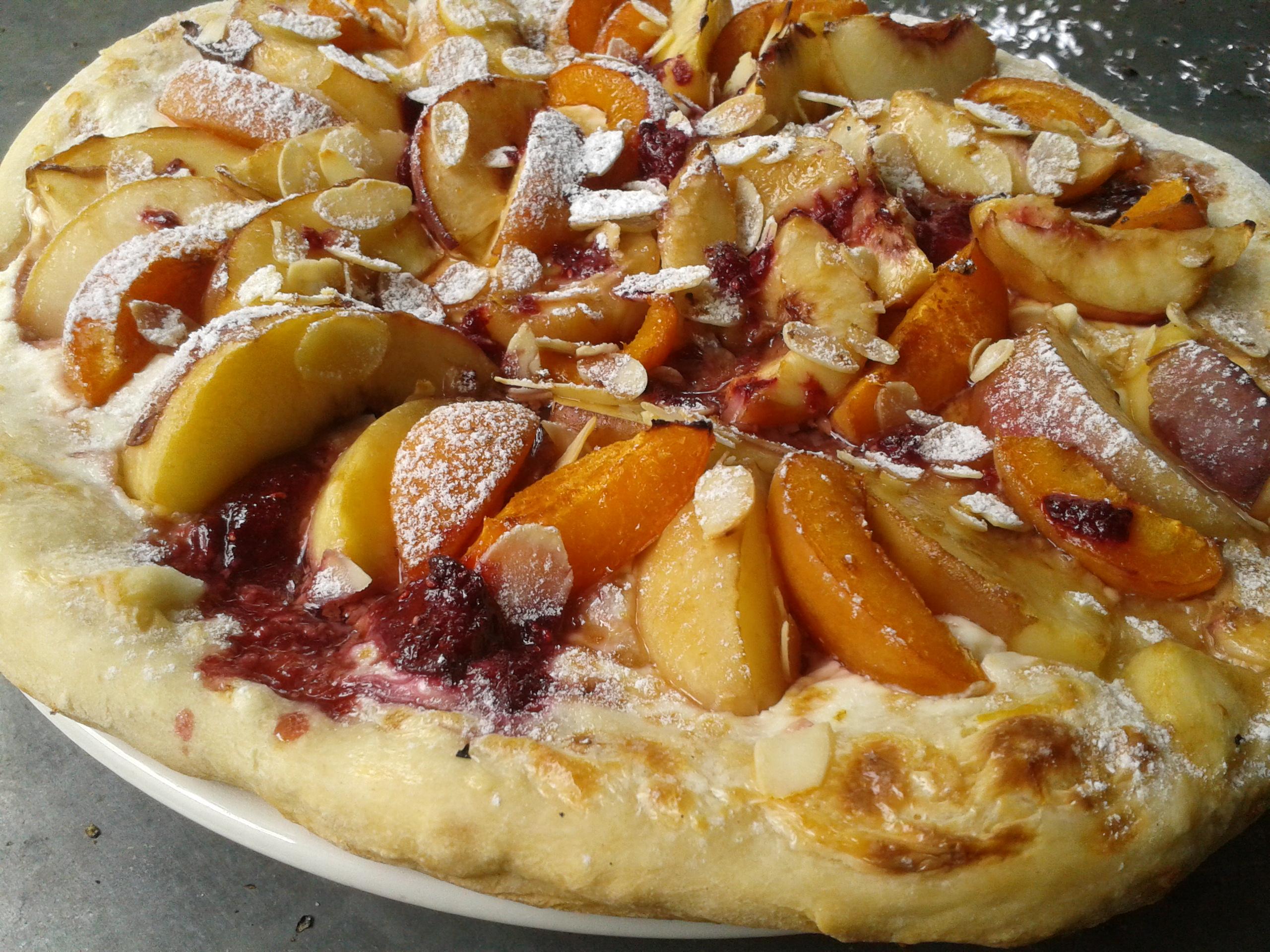 Pizza au mascarpone p ches et abricots la cuisine de bulle for En 3 pizzas te olvido