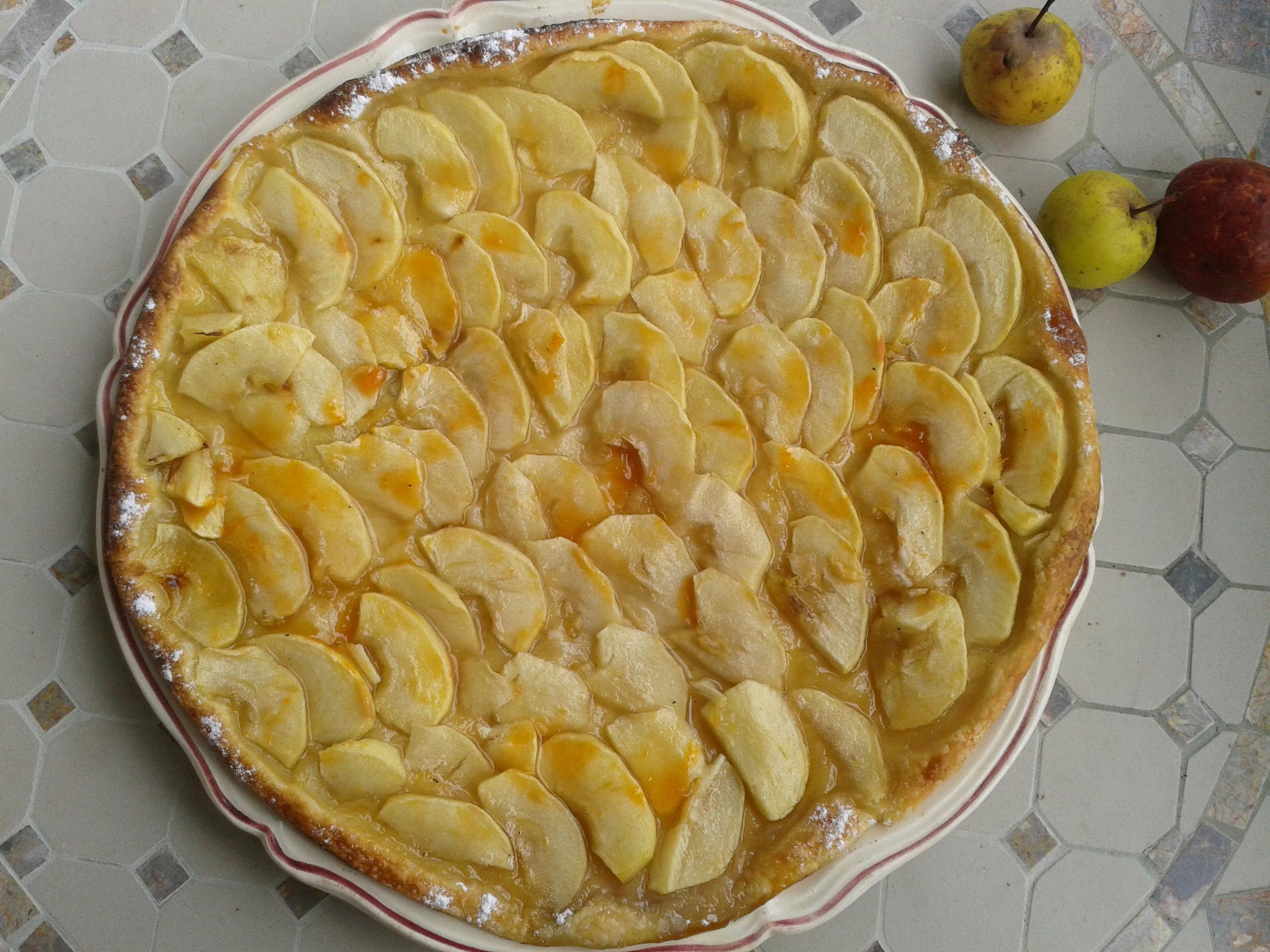 Tarte fine aux pommes la cuisine de bulle - Tarte aux pommes fine ...