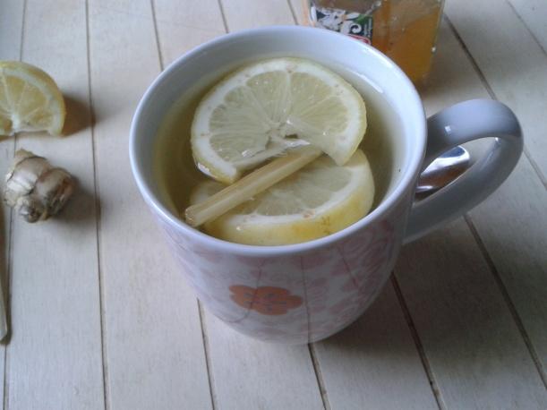 Infusion de gingembre, citron et citronnelle