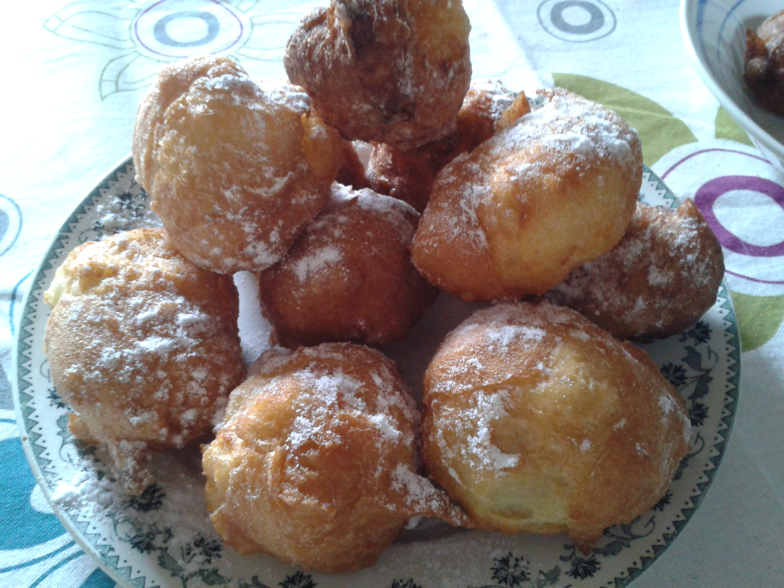 ... beignets choux beignets and apricot curd apple beignets and cheesecake