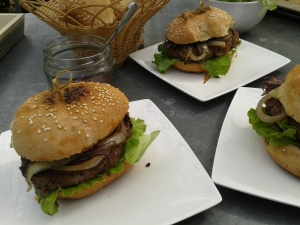 burger de charolais la plancha la cuisine de bulle. Black Bedroom Furniture Sets. Home Design Ideas