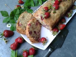 cake fraises et pistaches