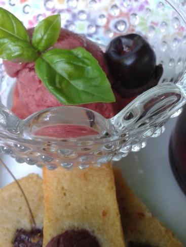 glace aux cerises et à l'huile d'olive