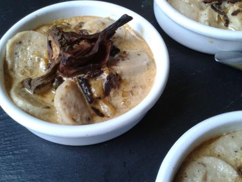 cassolettes de boudins blancs sauce au foie gras cepes