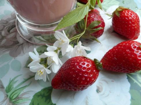 Smoothie fraises amandes