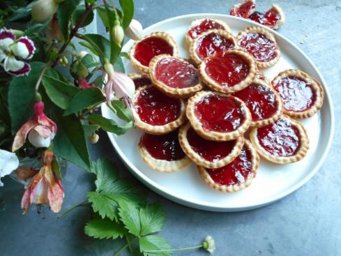 tartelette à la gelée de fruits rouges
