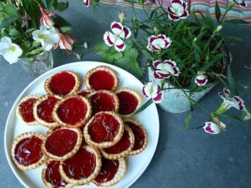 tartelette à la gelée de fruits rouges.J1